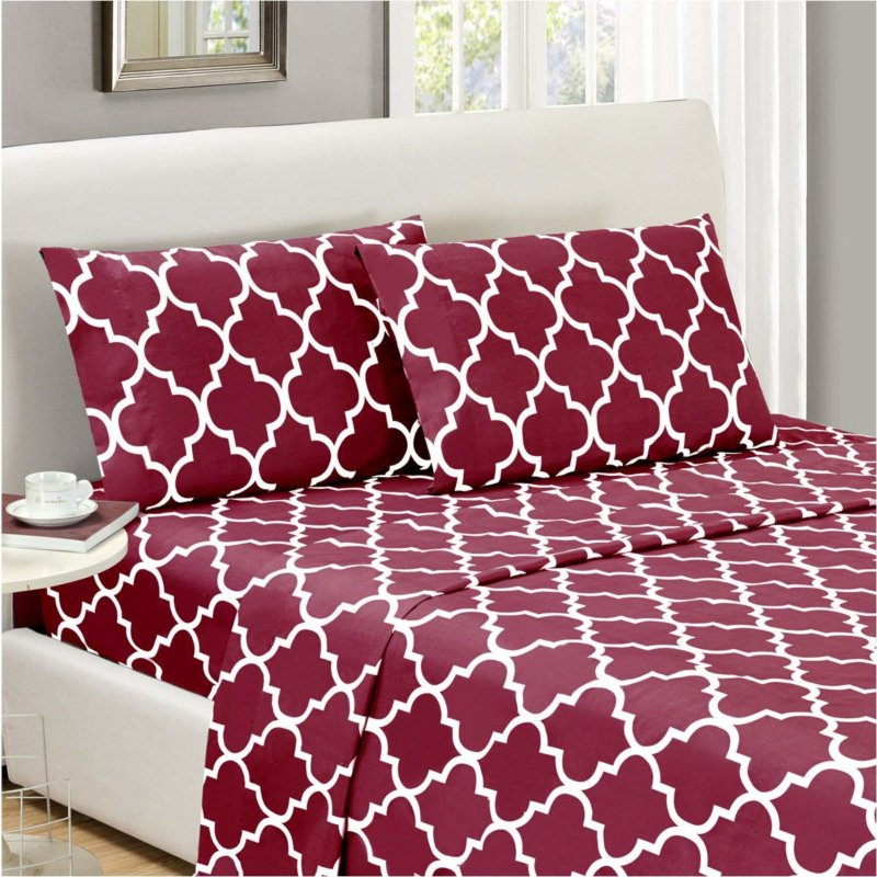Mellanni Bed Sheet Set in a red print